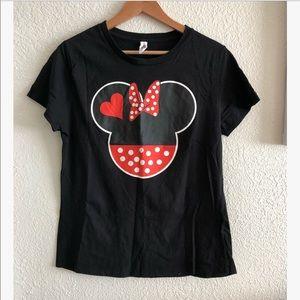 Disney Minnie Mouse t-shirt sz: Large